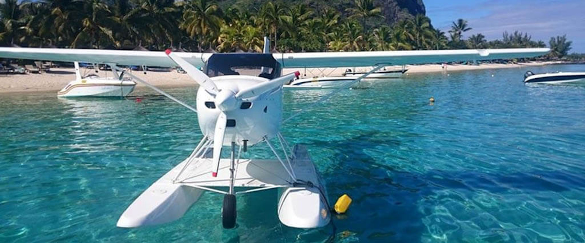 Amphibious aircraft in Mauritius